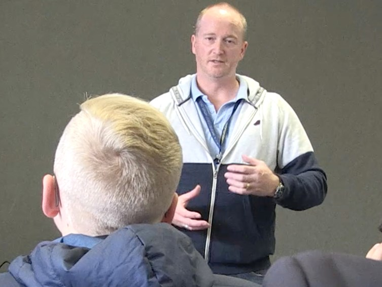 VIDEO: Former Prison Officer Shares Experiences With Bright Sparks Programme